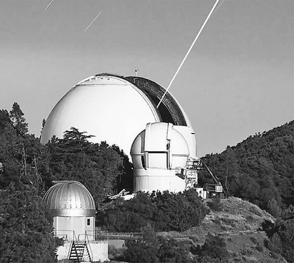利克天文台进行激光测试