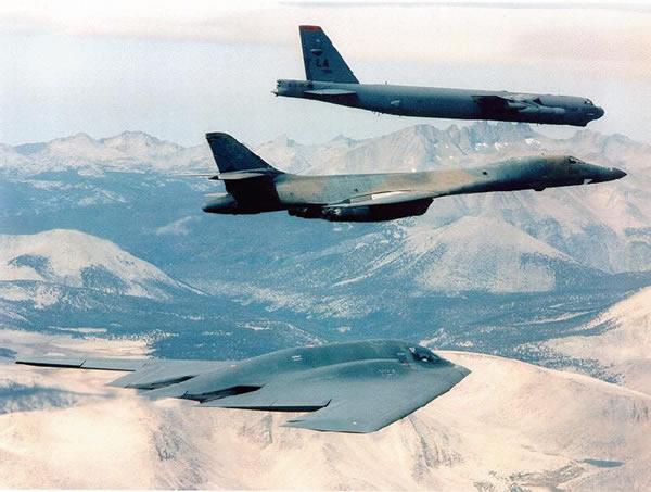 美国空军三大轰炸机。