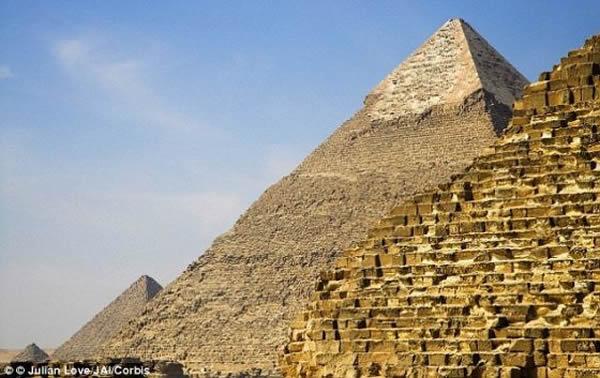 埃及金字塔是从里向外建造的吗?