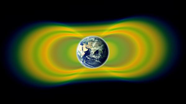 下图为地球范艾伦辐射带(Van Allen Belts)。