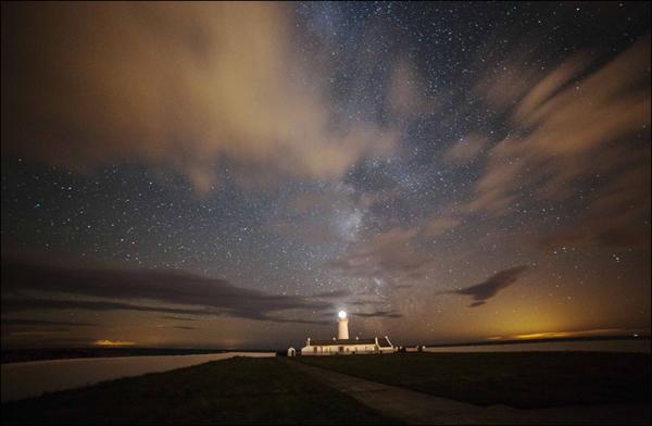 英国马恩岛壮美星空震撼人心