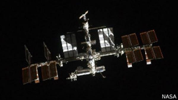 国际空间站由美国、俄国、加拿大、日本和欧洲航天局合作运行。