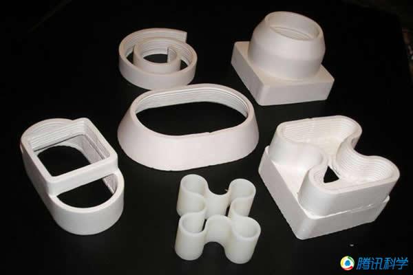 空间3D打印技术可自己制造出相应的配件。