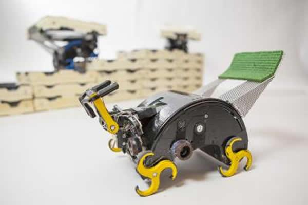 仿生攀爬机器人