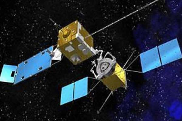 卫星在轨燃料加注需要先进的自动交会对接系统、机械臂等捕获装置,在燃料加注时需要更加安全的燃料转移系统等,该技术甚至可以为行星防御、大型轨道结构的安装服务。