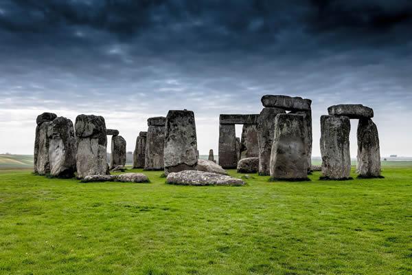 科学家发现巨石阵里较小蓝石的来源