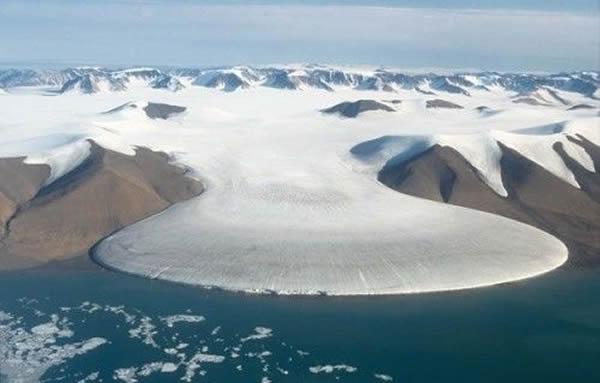 格陵兰冰盖消融令人忧虑