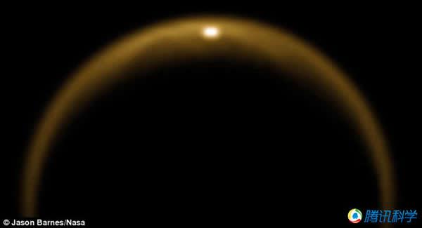 """科学家发现土卫六上存在""""涟漪""""信号"""