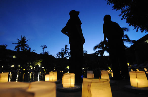 Heads Up, Lights Out Saturday for Earth Hour