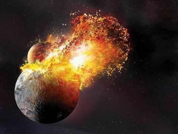 神秘天体碰撞形成月球