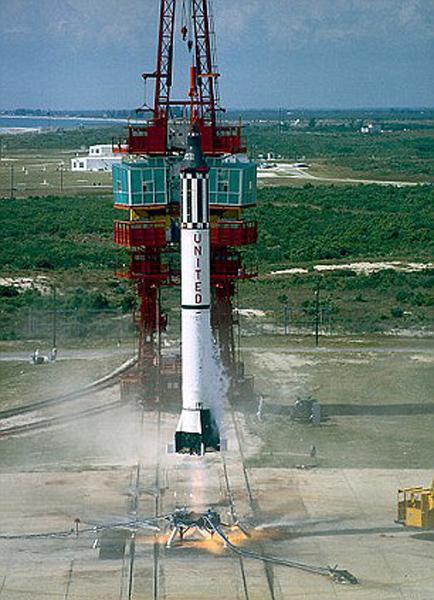 载人航天技术已经发展了半个世纪,但是大推力火箭技术仍然没有普及,后者是登月以及登陆火星的关键