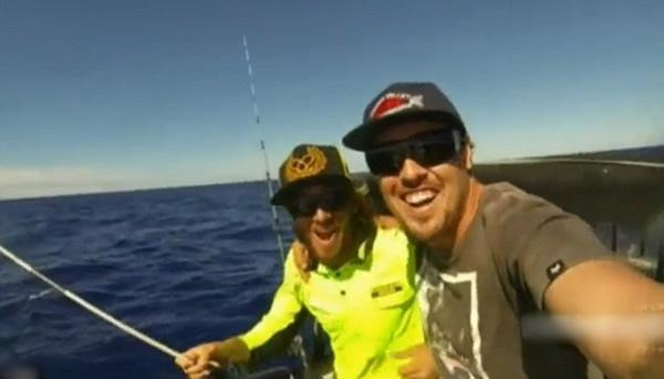 渔民开心自拍