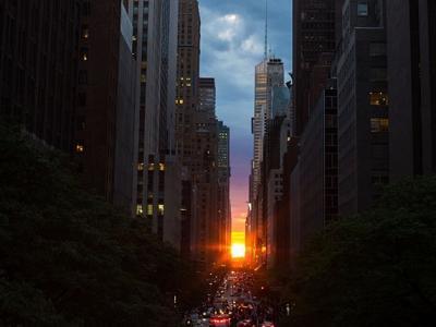 """美国纽约""""曼哈顿巨石阵""""(Manhattanhenge)"""