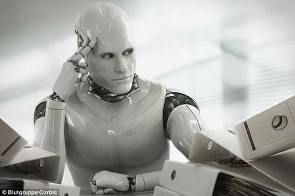 未来将出现超越人类智力的仿生机器人,需要对它们灌输人类的道德约束和行为规范,这样会降低其危险性。