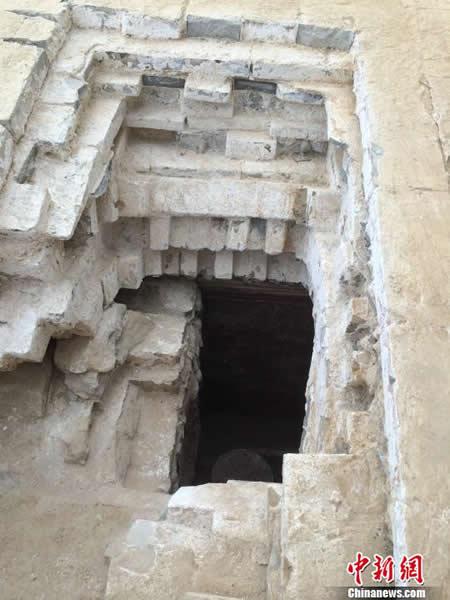 南宋洪起畏夫妇墓发现的盗洞