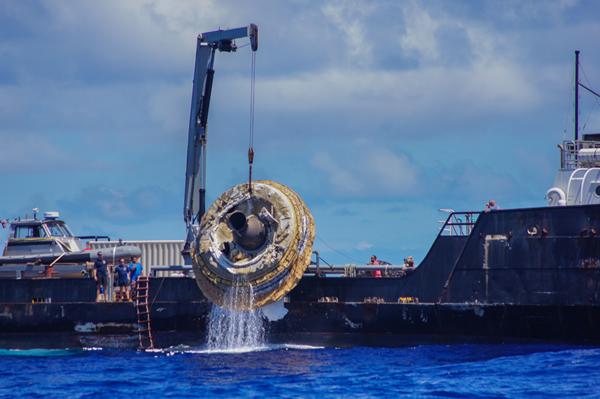 美国宇航局成功发射低密度超音速减速器