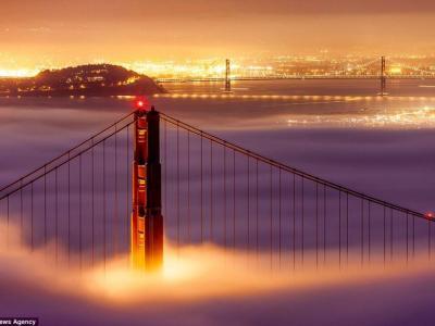 夕阳余晖下的美国金门大桥