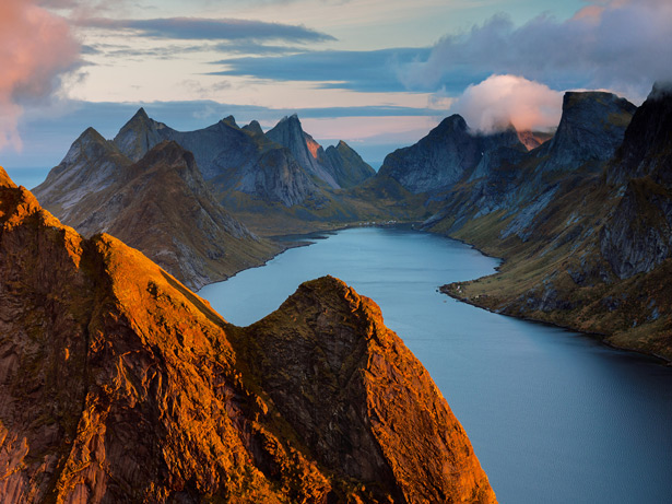 挪威的海岸也许是地表最复杂的陆地边缘