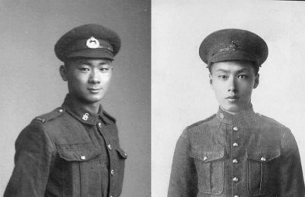 雷伟宏(右)与哥哥雷伟天(左)曾在一战期间为加拿大出征