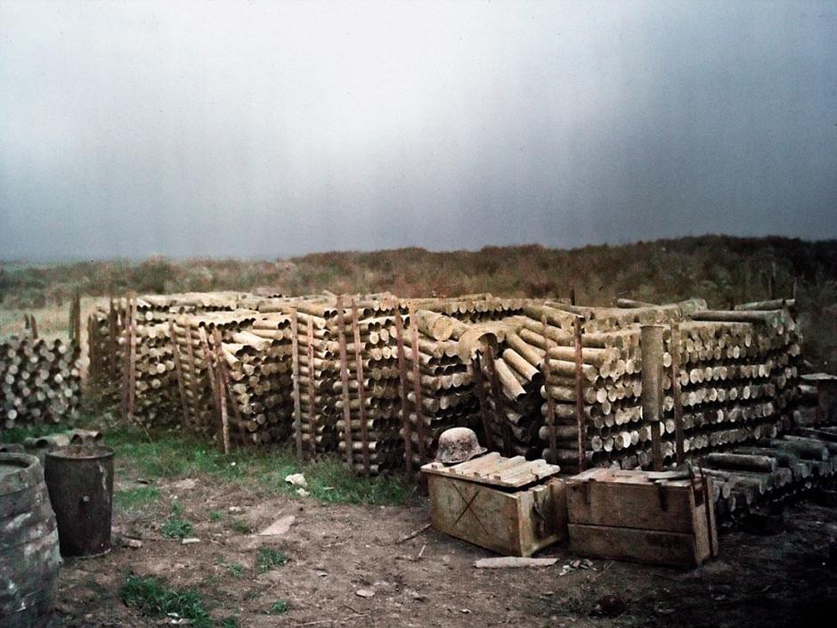图中显示的是军队弹药库。