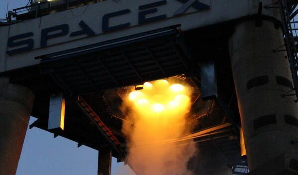 SpaceX火箭空中引爆