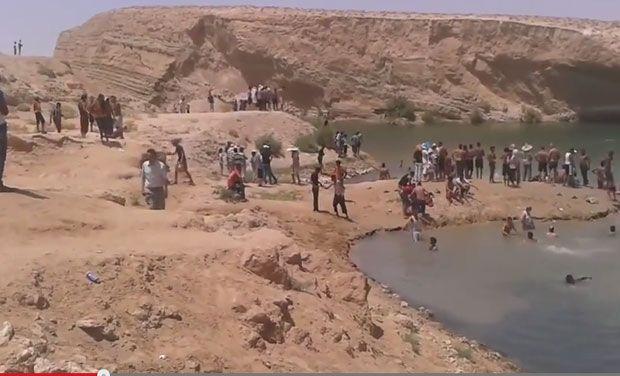 """非洲突尼斯一个沙漠突然出现神秘湖泊""""Gafsa Beach"""""""