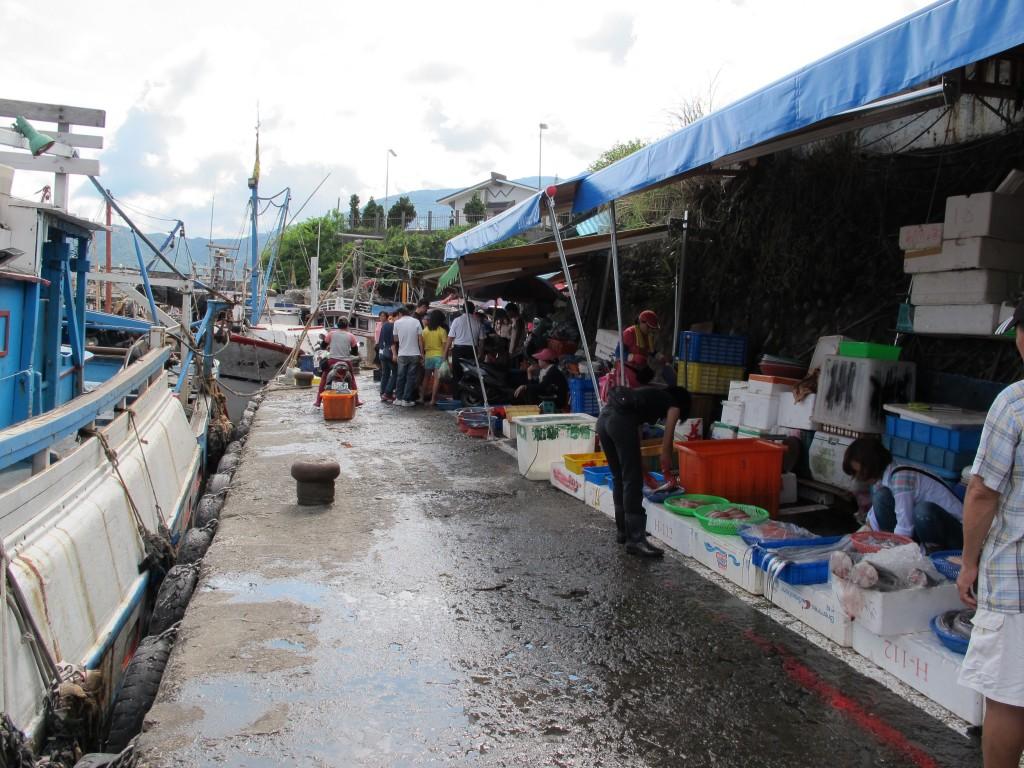 大溪渔市,是研究团队的主要采样来源之一;图片提供:骆皓元。