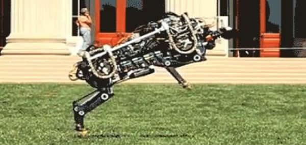 美国麻省理工学院研发奔跑机器人猎豹