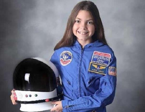这位13岁的美国女孩野心勃勃的想要成为登陆火星的第一人