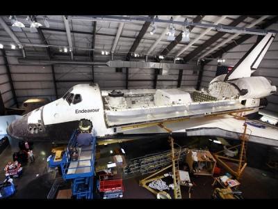 美国奋进号航天飞机再度维修 4年后公开展览