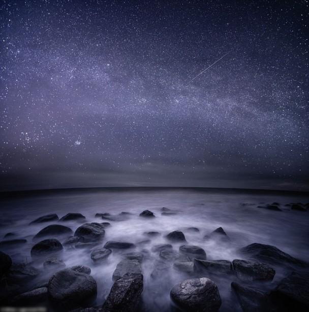 拉格斯泰特主要在海边拍照。