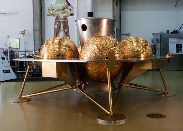 Astrobotic的运载机(图)可将客户的私人物品运往月球。