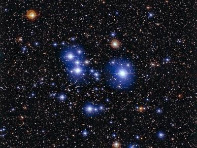 宇宙中的璀璨蓝钻:船尾座Messier 47星团