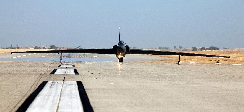 U-2侦察机能够飞至7万呎高空,接近地球边缘。