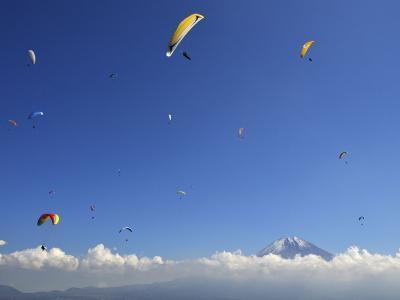 空中巡游富士山