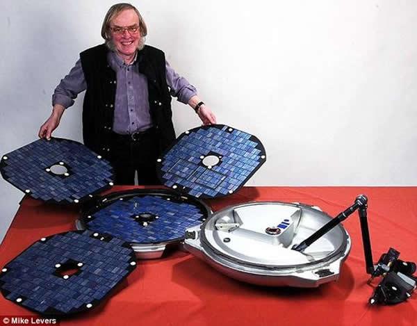 科林·菲林格博士是英国顶尖的行星科学家,猎兔犬-2号探测器研制的团队负责人。去年他由于脑出血去世,至死都没能弄明白他的探测器究竟出了什么问题