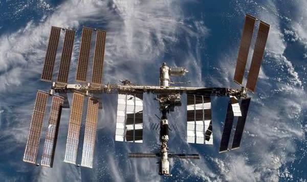 国际太空站美国舱的冷却系统一度传出泄漏氨气警报