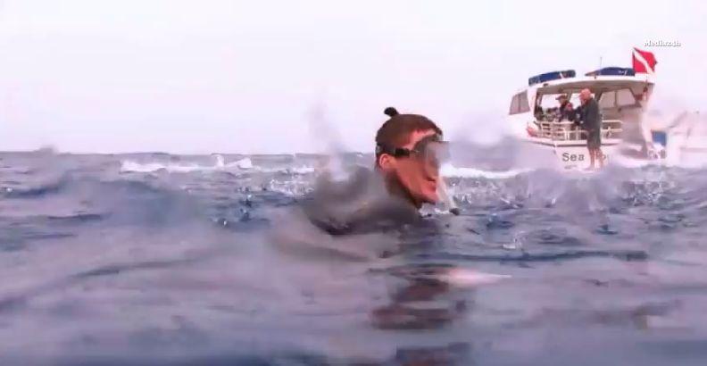 潜水员对完成创举感到相当自豪