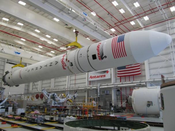俄国将向美国提供60个天蝎火箭的引擎