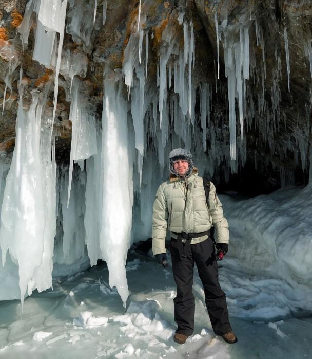 格拉乔夫深入西伯利亚拍摄冰之世界