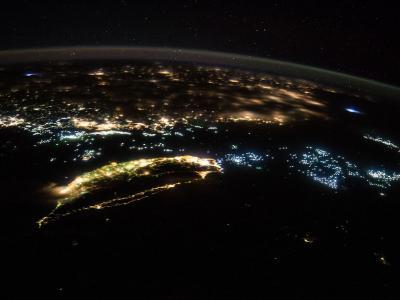 NASA公布从国际太空站拍到的台湾夜空照