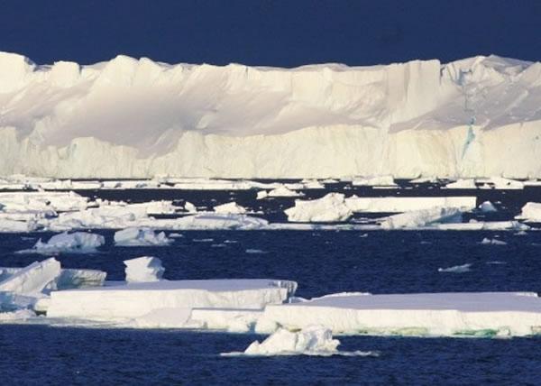 最新研究显示,托滕冰川在过去15年间有变薄的迹象。