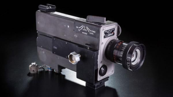 登月摄影机曝光 拍摄阿姆斯特朗迈出的人类登月第一步