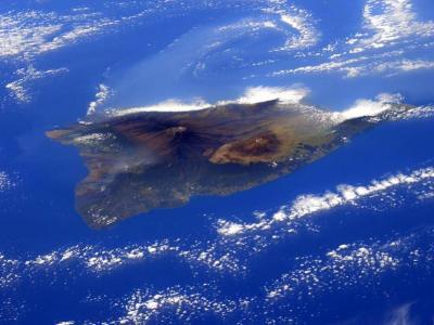 宇航员克里斯托弗雷蒂在国际空间站拍摄夏威夷岛