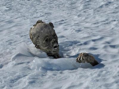 登山者在墨西哥最高峰奥里萨巴火山上发现两具干尸