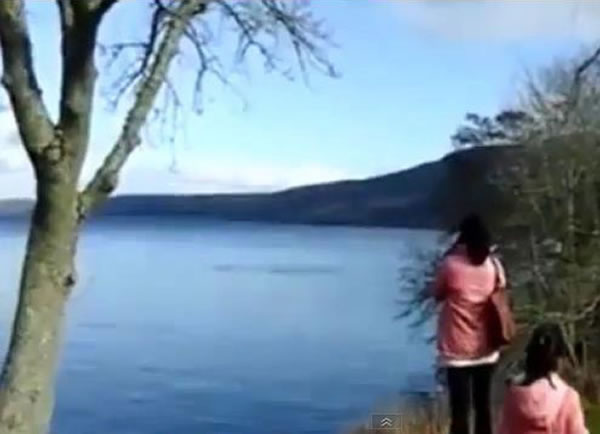 一对母女声称看到尼斯湖水怪现身