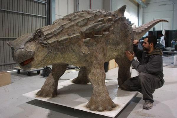 """西班牙古生物学家成功""""还原""""欧洲盾龙"""