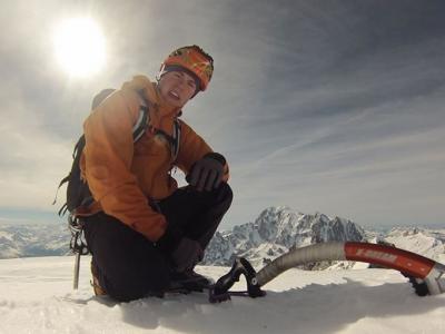 英国26岁登山家Tom Ballard追随亡母足迹 征服阿尔卑斯山脉6座山峰