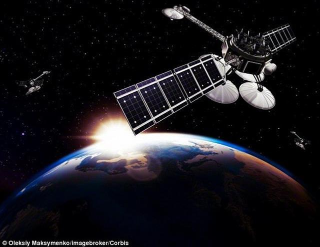 俄罗斯航天司令部指挥官奥列格-迈达诺维奇少将表示,一些间谍卫星伪装成为太空垃圾。