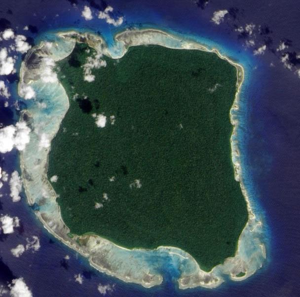 北森蒂纳尔岛面积只有约60平方公里,相当于纽约曼哈顿。